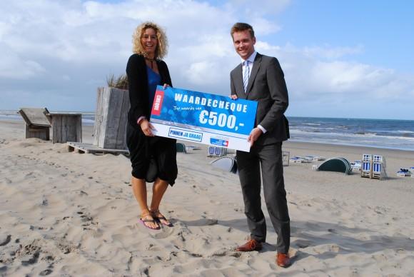 Pinnen ja graag cheque aan KWF Zandvoort